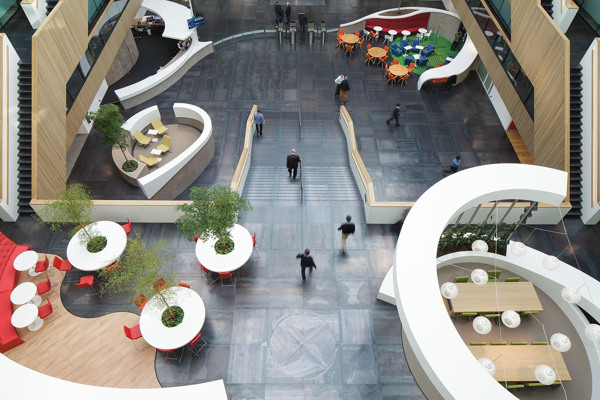 Stijnstijl-Architectuurfoto-atrium-kantoor-Fluor-09