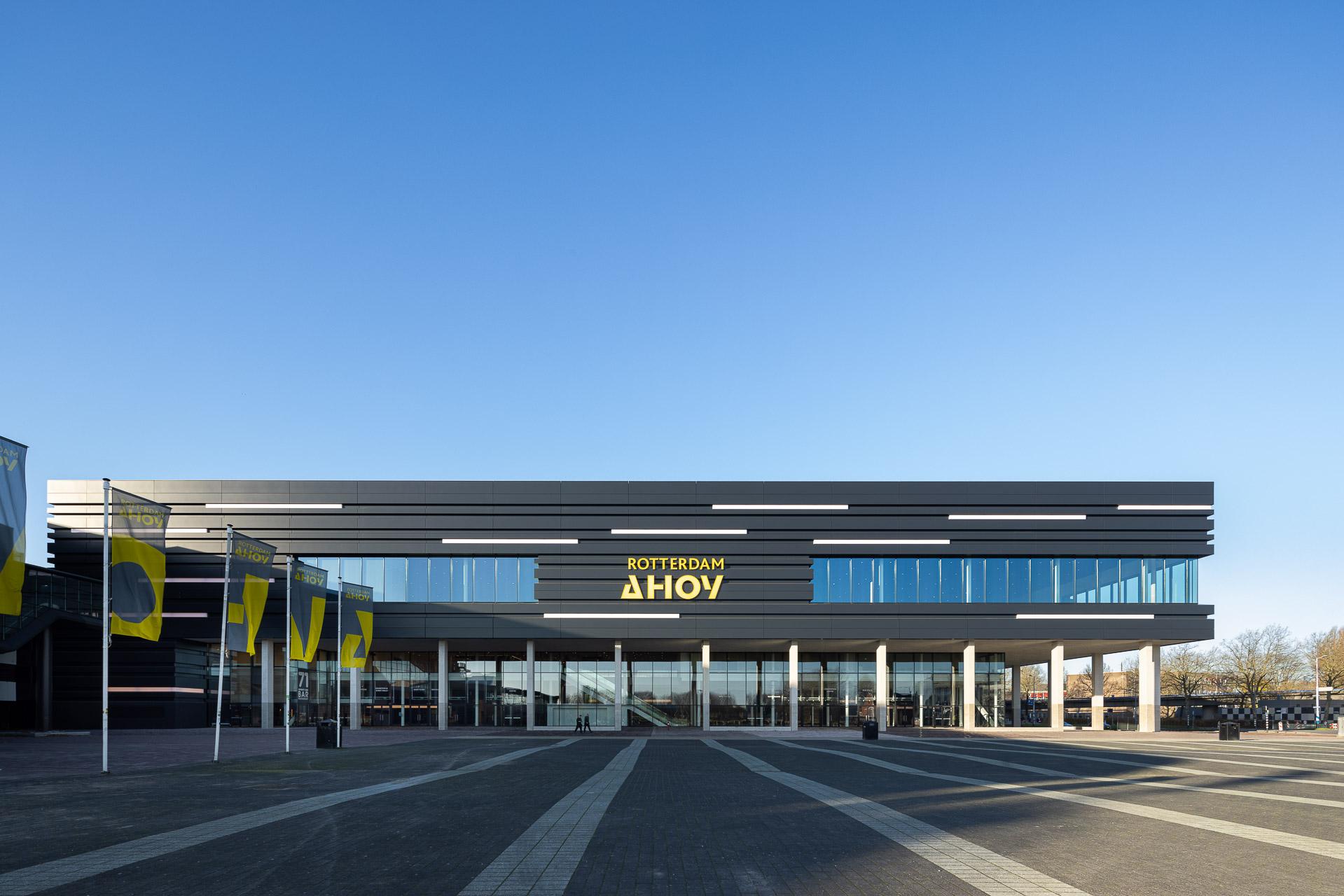 SP2020-Rotterdam-Ahoy-Convention-Centre-Exterieur-1-Architectuur-fotografie