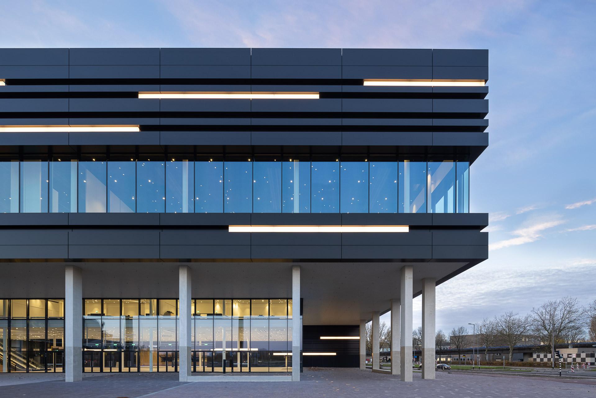 SP2020-Rotterdam-Ahoy-Convention-Centre-Exterieur-12-Architectuur-fotografie