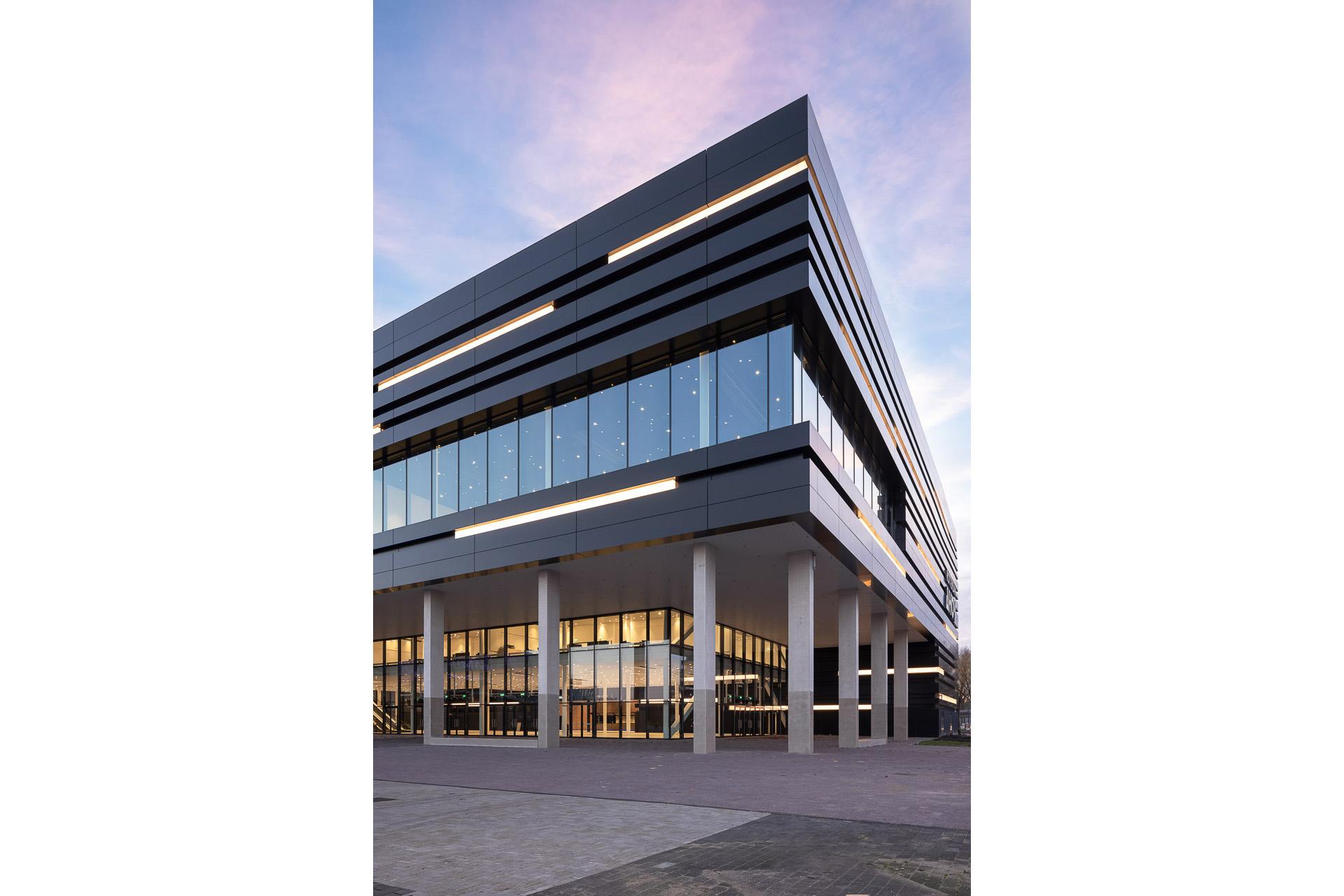 SP2020-Rotterdam-Ahoy-Convention-Centre-Exterieur-15-Architectuur-fotografie