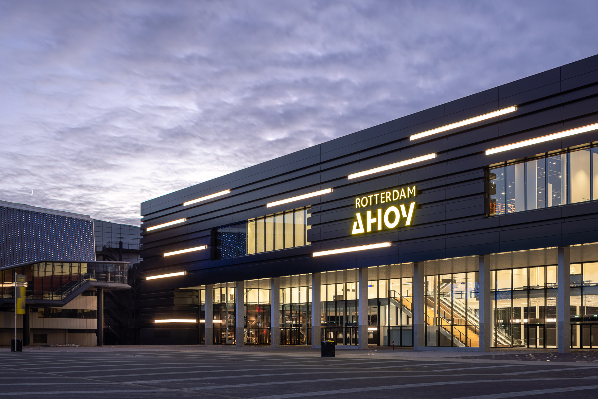 SP2020-Rotterdam-Ahoy-Convention-Centre-Exterieur-16-Architectuur-fotografie