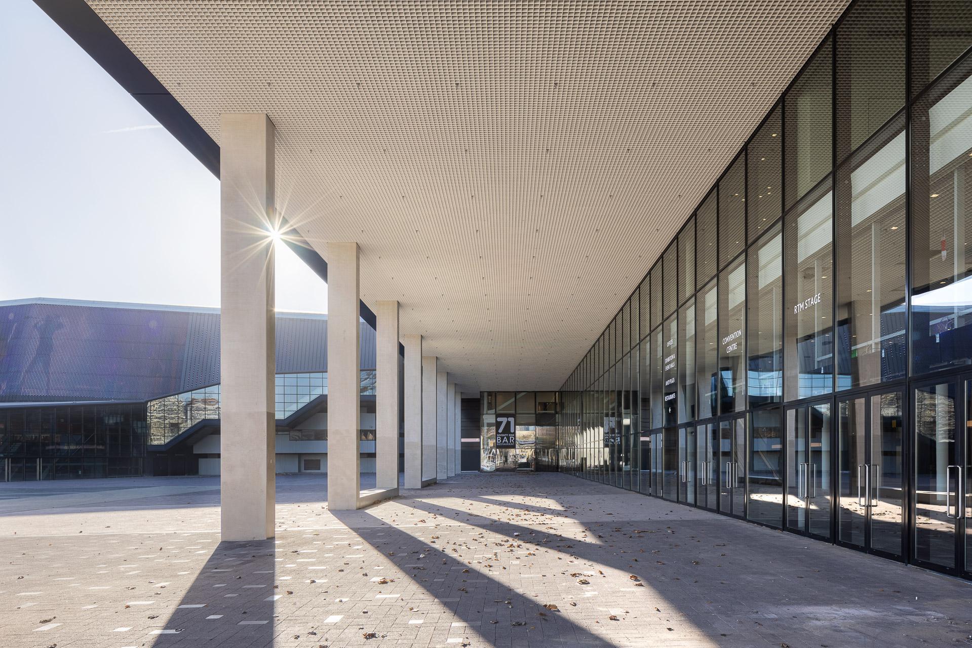 SP2020-Rotterdam-Ahoy-Convention-Centre-Exterieur-5-Architectuur-fotografie